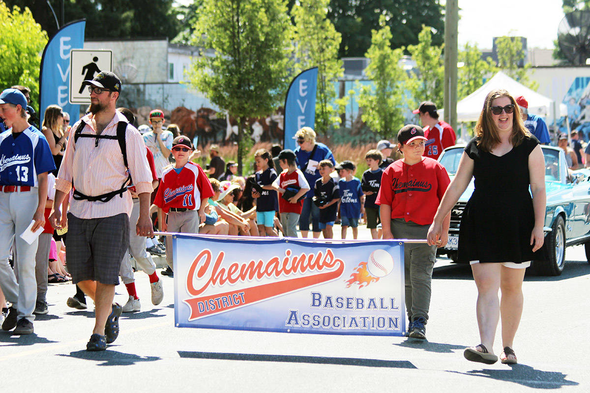 Chemainus & District Baseball Association representatives march in the Chemainus SummerFest parade during June. (Photo by Don Bodger)