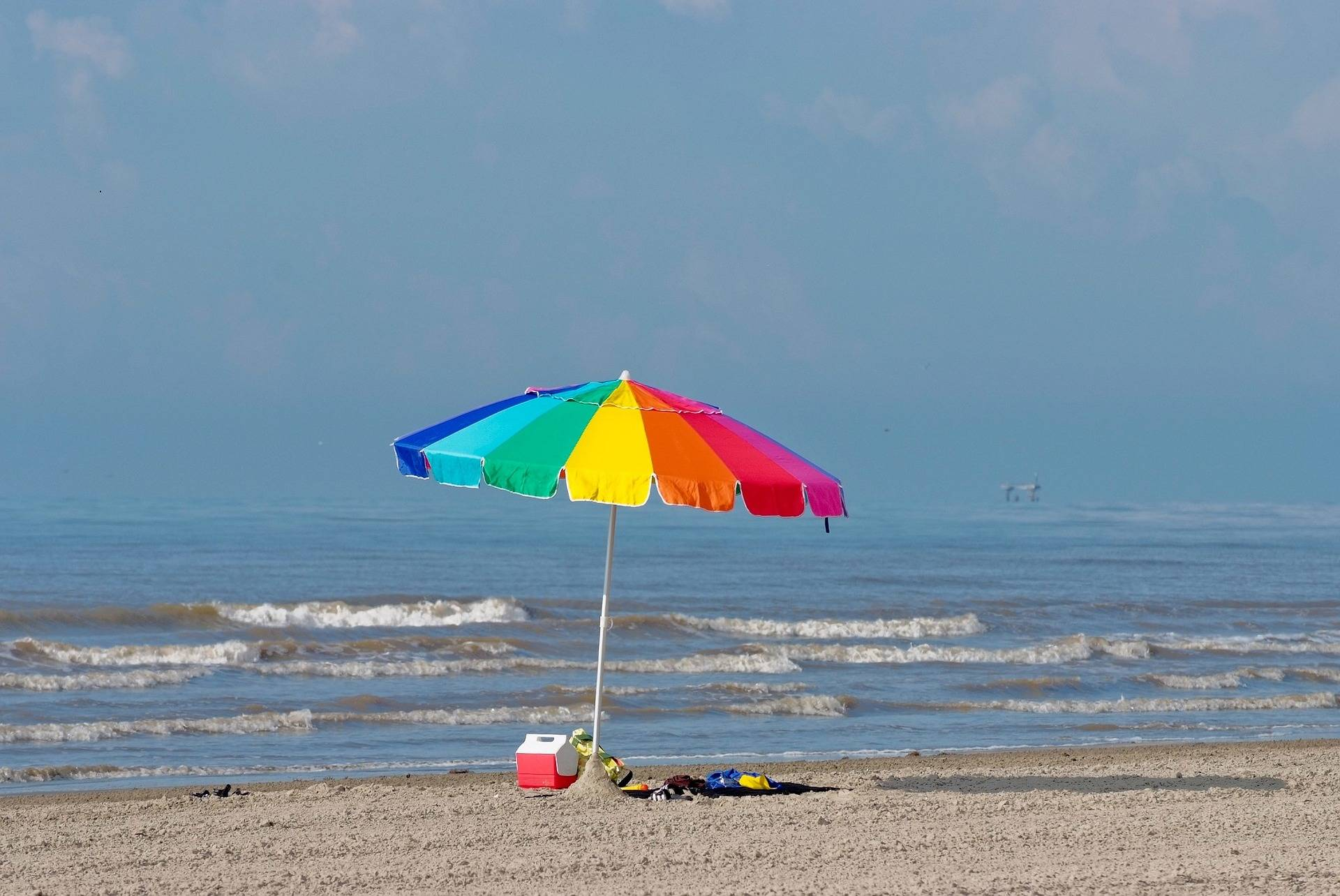 Tanning at a beach without sunscreen increases your risk of developing skin cancer, a B.C. doctor warns. (Pixabay photo)