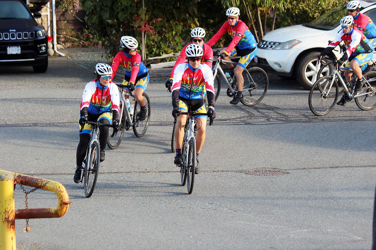 Riders head into Chemainus Elementary School. (Photo by Don Bodger)