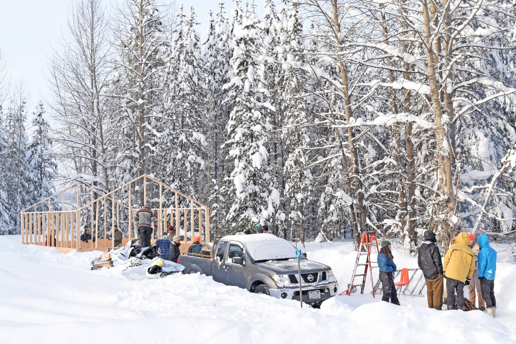 Construction of a new lodge near the 27 kilometre mark on the Morice West Forest Service Road. Wet'suwet'en supporters are currently gathered there anticipating enforcement of a B.C. Supreme Court injunction granting Coastal GasLink access to the company's nearby pipeline worksite. (Trevor Hewitt photo)