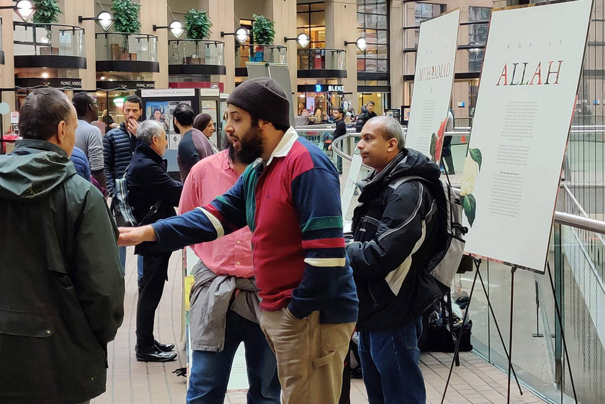 Bridging Gaps Foundation organizes booths in cities around the Lower Mainland and on university campuses as a way to bridge the gap between Muslims and non-Muslims through education and discussion. (Bridging Gaps Foundation photo)