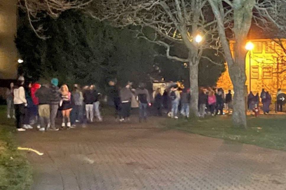 The Oak Bay Police Department issued two tickets of $230 each as students refused to disperse from a 100-person gathering near the University of Victoria on Saturday night. (Oak Bay Police/Twitter)