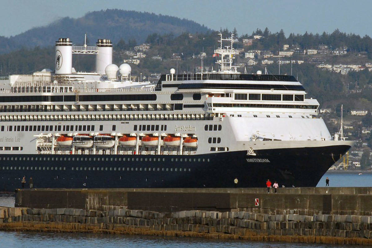 Cruise ship arrives at Victoria Harbour, a prime source of international tourism that has been suspended in the COVID-19 pandemic. (Black Press Media file photo)